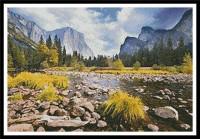 Vallée dans le parc Yosémite ( Californie)