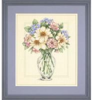 Fleurs dans un grand vase