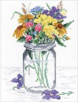 Vase de fleurs sauvages